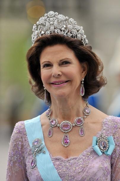 tiara-braganca-com-silvia-rainha-suecia